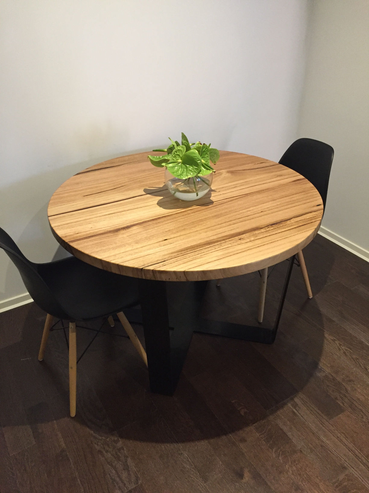 Round dining table Sydney